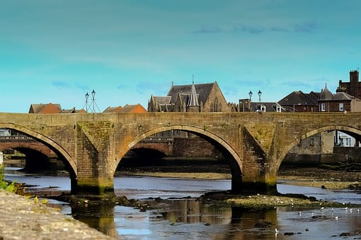 Ayr: Travel Bug's 3 Fascinating Facts