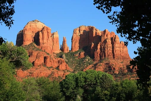 Sedona, Arizona: City in The Mountains