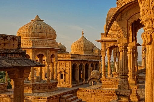Exceptional Honeymoon And Romantic Tour Packages In India