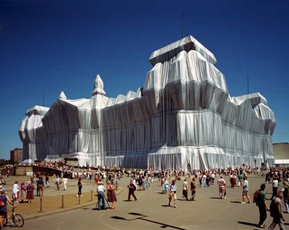 It's a Wrap: Celebrating the Art of Christo and Jeanne-Claude
